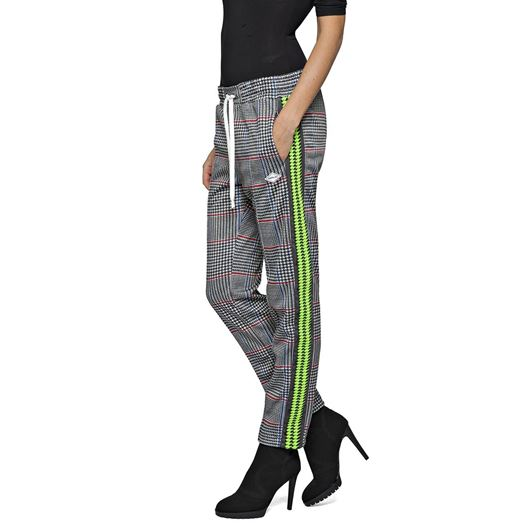 Снимка на REPLAY WOMEN'S SPORTY CHECKED TROUSERS W8798C.71862.010